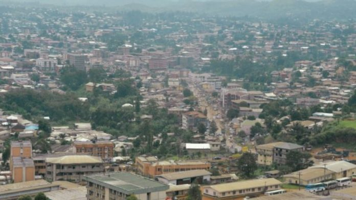 Reinnier Kaze, AFP | This photo taken on June 16, 2017 shows the city of Bamenda, the Anglophone capital of northwest Cameroon.