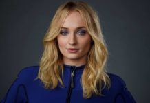 "© Chris Pizzello/Invision/AP Sophie Turner, a cast member in the film ""Dark Phoenix,"" poses for a portrait during the 2019 WonderCon at Anaheim Convention Center, Friday, March 29, 2019, in Anaheim, California."