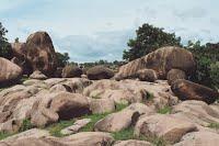 One of the rocks deposit sites in Bongo in view