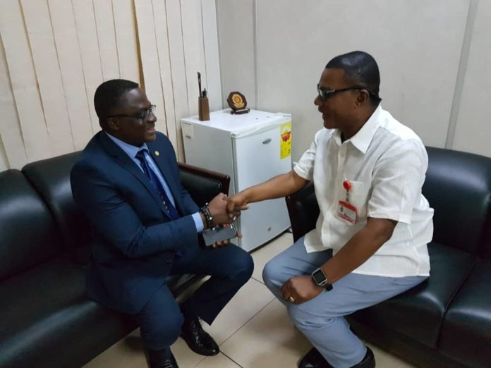 The President of the Ghana Olympic Committee (GOC) Mr Ben Nunoo Mensah paid a courtesy call on the newly appointed Editor of Daily Graphic and commended them for their professional reportage on sports related issues. He said such qualities should be sustained to entice corporate bodies to sponsor sports to accelerate its development.