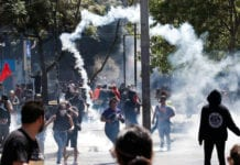 Chile youth in the streets against neo-liberal policies