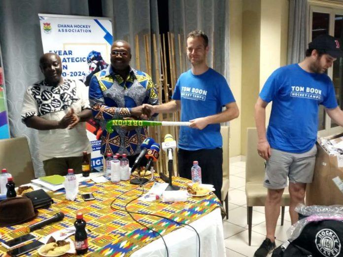 Ton Boom Hockey Camps To Ghana Hockey Association