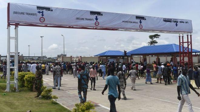 Nigeria's border closure